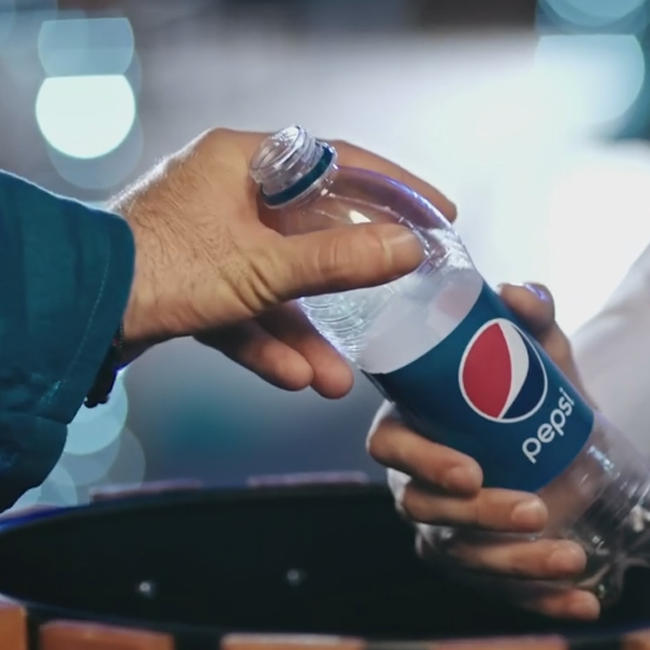 Pepsi Creates Magic in Ramzan with its Liter Of Light